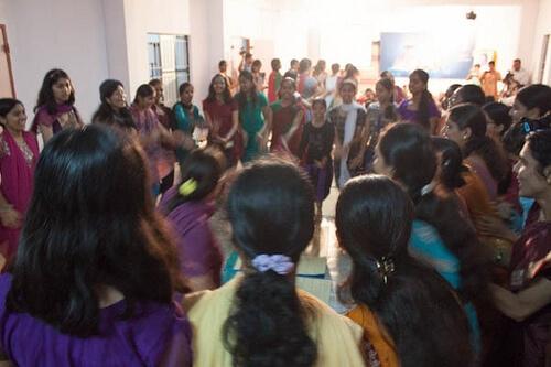 12bala-dance01