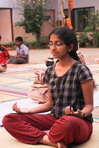 12bala-meditation02