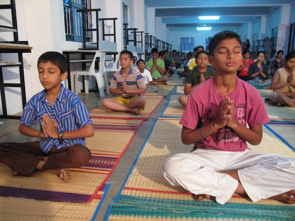 12bala-meditation06