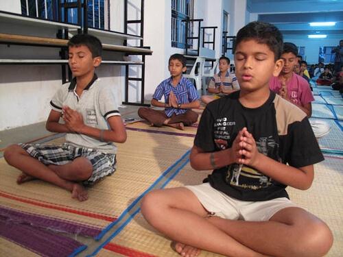 12bala-meditation07