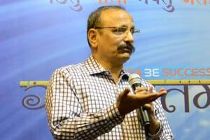 Dr.Binoy Behera